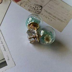 Jewelry - Gorgeous Blue double sided glass flower earrings